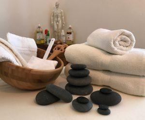 Hot Stone Massage by Yntensa